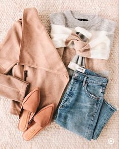 Look like the bad babe that you are in the Wildest Love Tan Suede Jacket! Soft and stretchy vegan suede jacket with draping open front and zippered pockets. Pretty Outfits, Stylish Outfits, Cute Outfits, Fashion Outfits, Girly Outfits, Fashion Clothes, Clothes Women, Work Outfits, Beautiful Outfits