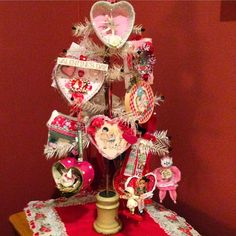 Musings from Kim K.: My house Valentine style...