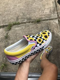 Iso I know this is probably a long shot. Not sure how vans run. If big Or 8 or Vans Other Sock Shoes, Vans Shoes, Shoe Boots, Shoes Heels, Vans Sneakers, Dream Shoes, Crazy Shoes, Me Too Shoes, Sunflower Vans