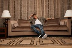 Justin #Bieber on the couch (Forbes interview).
