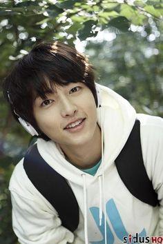 Bora song joong ki dating apps