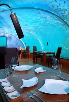 Underwater Ithaa Restaurant – located at the Conard Maldives Rangali Island in Rangalifinolhu, Maldives. Ithaa, meaning mother of pearl in Dhivehi, is a mostly unique underwater restaurant held five meters below sea level. Hotel Subaquático, Das Hotel, Drinking Around The World, Places Around The World, Around The Worlds, Dream Vacations, Vacation Spots, Resorts, Piscina Hotel
