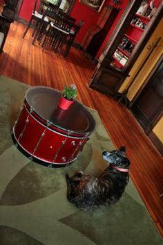 51 Ideas For Music Studio Diy Coffee Tables Drum Coffee Table, Drum Table, Music Furniture, Diy Furniture, Drums Artwork, Instrument Craft, Funky Home Decor, Music Decor, Bear Art