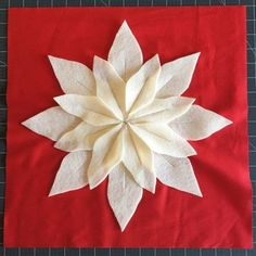 Poinsettia Pillow Tutorial (and Pattern) - Simple Simon and Company Crochet Ornaments, Christmas Crochet Patterns, Crochet Snowflakes, Crochet Christmas, Christmas Angels, Christmas Crafts, Christmas Ideas, Christmas Christmas, Christmas Decorations