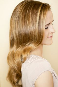 Tutorial for Retro Curls. Hair and Make-up by Steph: How To: Retro Curls