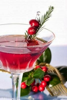 Christmas Cosmopolitan 1 ounces vodka, ounce triple sec, 1 ounce cranberry juice, rosemary sprig and cranberries for garnish 1 cranberries, for garnish christmas drinks Party Drinks, Cocktail Drinks, Fun Drinks, Yummy Drinks, Beverages, Mixed Drinks, Top Cocktails, Healthy Cocktails, Cocktail Recipes