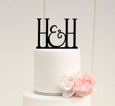 Original Two Initial Monogram Wedding Cake Topper  .:. Lead Time .:. Welcome to The Pink Owl. We love to allow 3-4 weeks production time for your custom made piece. If you need your order sooner please check with us. We can normally accommodate most customers but please contact us prior to purchasing to be sure we are able to fit your order in. :)  .:. What You Get .:. You will receive one cake topper in the style shown. The topper in our example photo is a 5.5 wide topper on a 6 top tier…