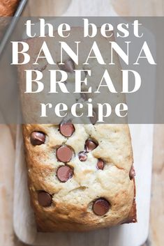 Make this amazing banana bread recipe! Its so moist and tender, and amazing with chocolate chips too! Make this amazing banana bread recipe! Its so moist and tender, and amazing with chocolate chips too! Make Banana Bread, Healthy Banana Bread, Baked Banana, Banana Bread Recipes, Herb Recipes, Low Carb Recipes, Baking Recipes, Cookie Recipes, Dessert Recipes