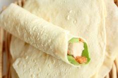 「簡単!フラワートルティーヤ(ラップサンド用)」洋風手巻き寿司のような、ラップサンドの皮が、小麦粉のトルティーヤ。意外と簡単。お好きな具材でおもてなし、お弁当に。【楽天レシピ】