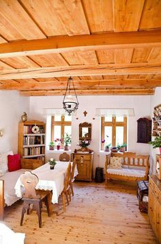 German Houses, Modern Log Cabins, Chalet Design, Home Board, Cozy Kitchen, Farmhouse Interior, Scandinavian Home, Traditional House, Sweet Home