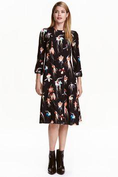 Платье длиной до колена | H&M
