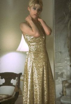 Edie Sedgwick - this is the dress that I want to copy and dress up in for my 30th.  Adore this dress....