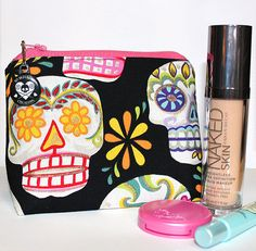 Day of the Dead Cosmetic Bag / Makeup Bag by XOSkeletonCreations, $14.99 #cosmetics #purse #halloweenartistbazaar