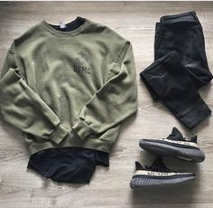 12 Men Tennis Outfits ideas to have a perfect match! Mens Fashion Wear, Tomboy Fashion, Streetwear Fashion, Fashion Outfits, Hype Clothing, Mens Clothing Styles, Kenza Farah, Stylish Men, Men Casual