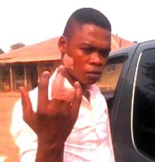 A Chinese worker, identified as Njaga Chang, has cut off one of the right fingers of his Nigeria...