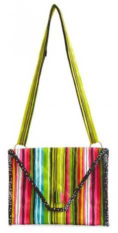 Free Bag Pattern and Tutorial - Striking Stripes Purse