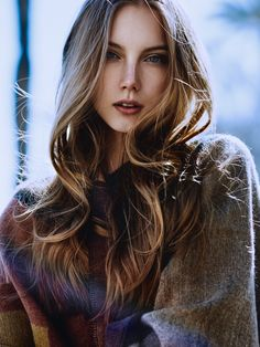 Pretty Women Nation brings the worlds most beautiful women to your screen. Hair Flow, World Most Beautiful Woman, Female Character Inspiration, Female Portrait, Beautiful Images, Pretty Woman, Long Hair Styles, Photos, Faces