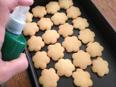 Χριστουγεννιάτικα μπισκοτάκια βουτύρου Christmas Cooking, Cookies, Cake, Desserts, Food, Crack Crackers, Christmas Kitchen, Pie, Postres