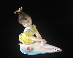 Vintage Ballerina Figurine Pretty Ballet by LadyLuckVintageShop Ballerina Figurines, Vintage Ballerina, Ballet Beautiful, Ballet Dancers, Japan, Pretty, Face, The Face, Faces