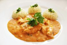Kurací Stroganov - Receptik.sk Chia Puding, What To Cook, Thai Red Curry, Risotto, Chicken Recipes, Food And Drink, Menu, Lunch, Treats