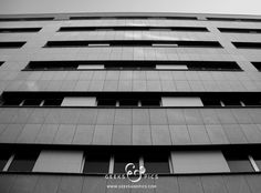 Building, black and white. Architecture. http://www.geeksandpics.com/