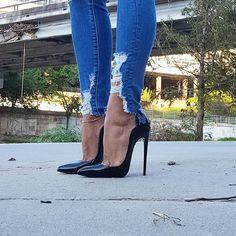 High heels , beauty, and fitness girls High Heels, Beauty und Fitness Girls Sexy Legs And Heels, Platform High Heels, Black High Heels, High Heels Stilettos, Stiletto Boots, High Heel Boots, Heeled Boots, Talons Sexy, High Heels Plateau