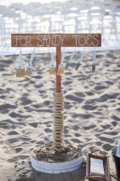 Creative Sign for a Beach Themed Wedding