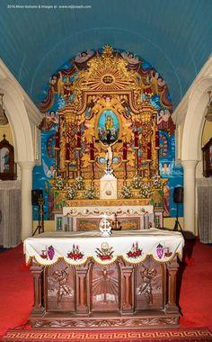St.-Joseph's-Church-Altar,-Mannanam-004