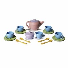 Green Toys Tea Set - A fun and food safe tea set made in the USA from recycled plastic milk jugs. The Green Toys tea set is not only eco-friendly, but dropped on the tile floor friendly too! Baby Toys, Kids Toys, Children's Toys, Children Games, Tee Set, Plastic Milk, Plastic Bottle, Green Toys, Eco Friendly Toys