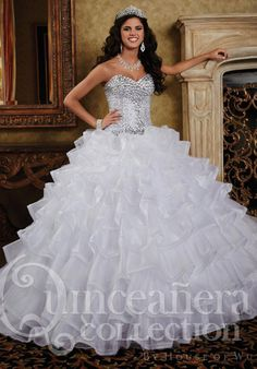 MZ0920 Ball Gown White Organza Rhinestones Beaded Sweetheart Neckline Quinceanera Dresses $186.87