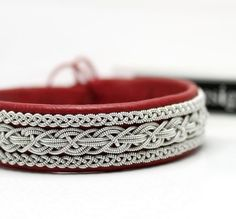 37 Beautiful Threaded Anklet Designs – Love Your Ankle Fabric Bracelets, Thread Bracelets, Thread Jewellery, Ankle Bracelets, Jewelry Bracelets, Jewlery, Anklet Designs, Viking Bracelet, Pendant Design