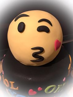 Emoji Torte Smiley Cake Fondant