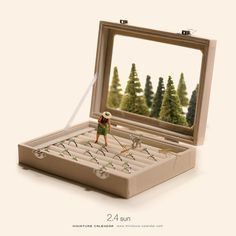 Little People Project Miniature Crafts, Miniature Dolls, Miniature Calendar, Cool Optical Illusions, Miniature Photography, Mini Craft, Tiny World, Mini Things, People Art