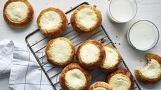 Pääsiäisen rahkapiirakka x 5 – katso perinteinen resepti ja uudet raikkaat ideat | Yhteishyvä Camembert Cheese, Muffin, Dairy, Breakfast, Food, Morning Coffee, Essen, Muffins, Meals