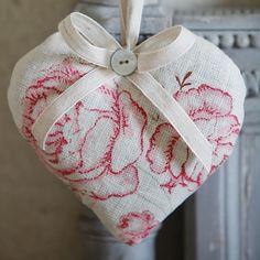 Handmade Hanging Lavender Heart   Linen Fabric Heart   Kate Forman