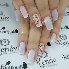 As unhas decoradas estão super na moda, mas infelizmente não são todas as mulheres que tem tempo de ir ao salão ou habilidade em manicure para aderir a elas, ficando a opção de recorrer aos adesivos de unhas. As unhas com adesivos já caíram no gosto feminino, pois, os adesivos de unhas são práticos e… French Acrylic Nails, Manicure E Pedicure, Flower Nail Art, Super Nails, Beautiful Nail Designs, Skin Tips, Pink Nails, Nail Care, Hair And Nails