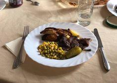 Burgonyával sütött borjúszelet pirított Zsályával meghintve | Mária Szabóné Takács receptje- Cookpad receptek Beef, Food, Meat, Essen, Meals, Yemek, Eten, Steak