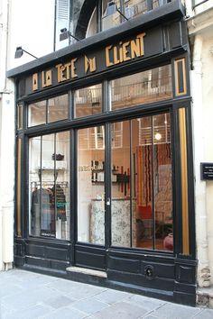 A la tête du client -Paris 10°