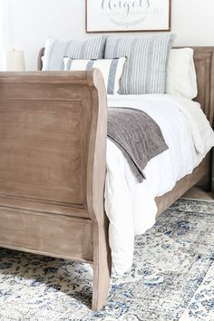 Painting Bedroom Furniture before and after Painted Weathered Wood Bed Makeover Bless Er House Cherry Wood Furniture, Rustic Furniture, Furniture Decor, Furniture Design, Modern Furniture, Outdoor Furniture, Cheap Furniture, Luxury Furniture, Antique Furniture