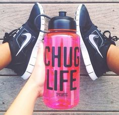 I HAVE THIS WATER BOTTLE and basically the same sneakers lol lurve it