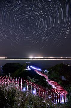 Amazing Night View of Motonosumi Inari Shrine (Yamaguchi, Japan) - Photo by Sakei Shinbun