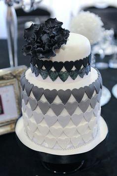 The Cheshire Cat Cake Company – Wedding cakes for 2013 Black And White Wedding Cake, White Wedding Cakes, Elegant Wedding Cakes, Black White, Gold Wedding, Fondant Cakes, Cupcake Cakes, Cheshire Cat Cake, Heart Shaped Cakes