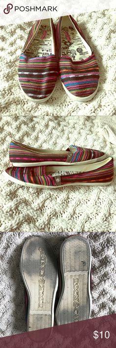 Rocket Dog • Tribal Flats Comfy! Rocket Dog Shoes Flats & Loafers