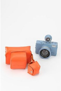 Fish Eye / Lomography is fun-Toy cameras, as they are called, are a lot of fun to shoot with. They are analog.