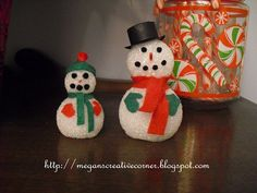 Polish The Stars: Foam Ball Snowmen - #DIY Kids Christmas Craft #Holiday #DIY Snowman