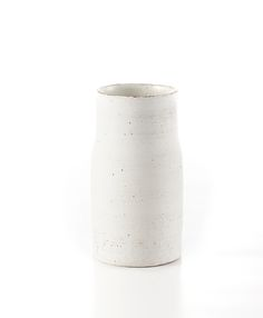 Die Keramik Vasen von Christine Wagner sind handgefertigt. Diese Kunstobjekte sind daher Einzelstücke und in ihrer Optik immer wieder unterschiedlich.