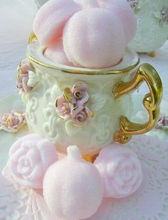 Shabby Pink Pumpkin Sugars: Fall sucre moule (molded sugars) for your tea / Crystal`s Rose Cottage Chic