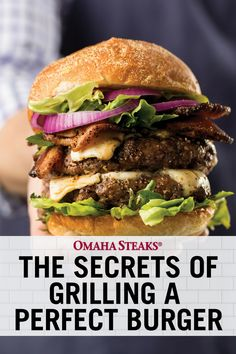 Discover the 4 secrets to grilling the perfect burger every time. Learn how to create the perfect grilled 'crust' on your burger and how to determine if it is medium, medium-well or well done. Best Grilled Burgers, Grilled Ham, Delicious Burgers, Grilling The Perfect Steak, Perfect Grill, How To Grill Steak, Grilling Tips, Grilling Recipes, Beef Recipes