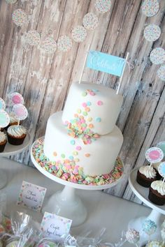 Confetti Cake! I've had these sprinkles for a while and now i know what to do with them : )