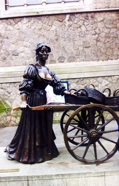 Molly Malone changed her place!